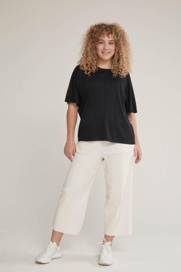 Laufmeter Manusha Shirt aus Bambus black