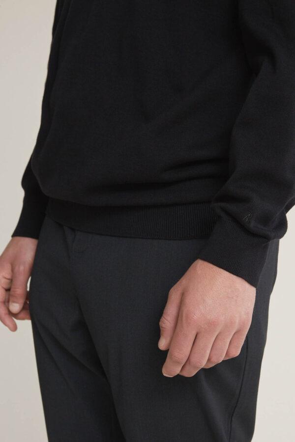 Laufmeter Adrian Reber Pullover Baumwolle Black V-Neck