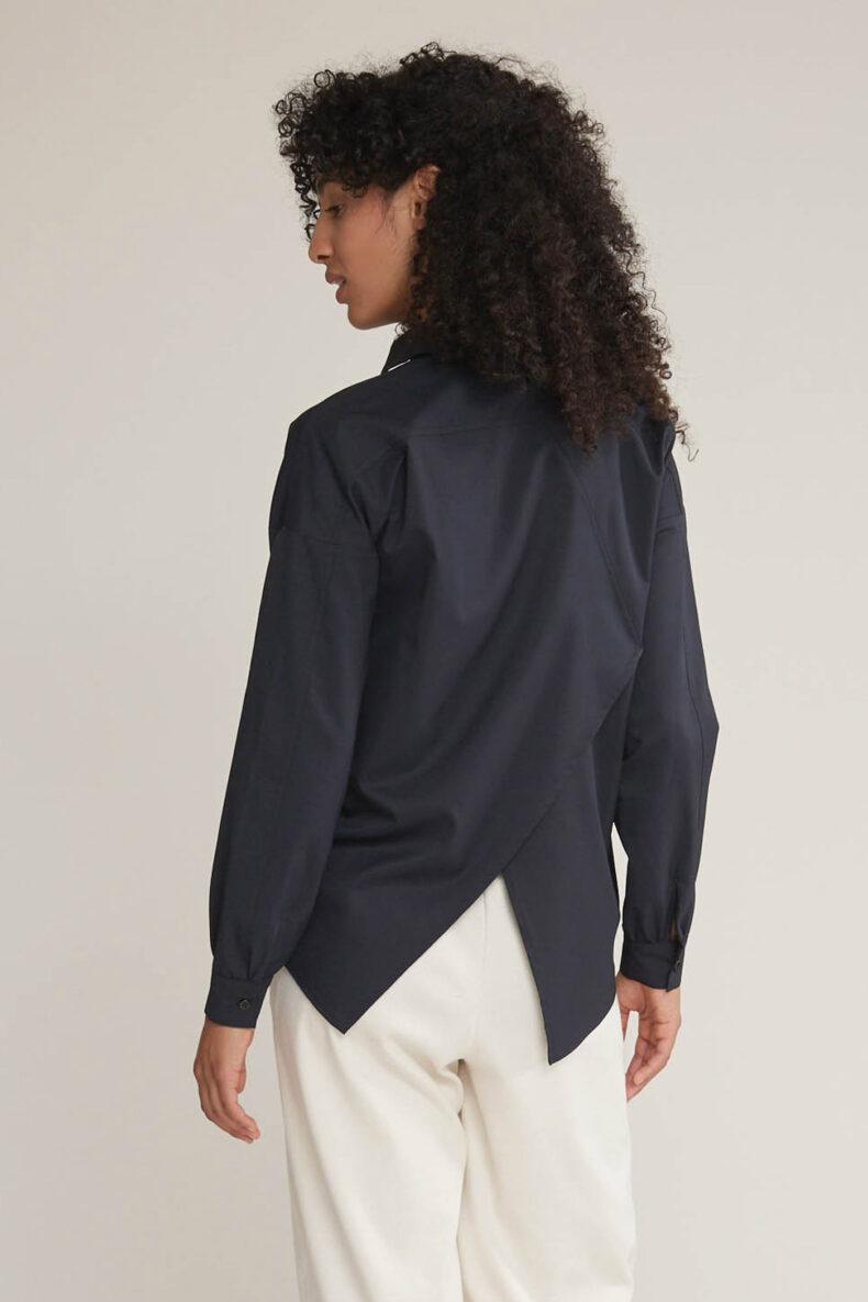Laufmeter Mademoiselle L Langärmlige Bluse schwarz
