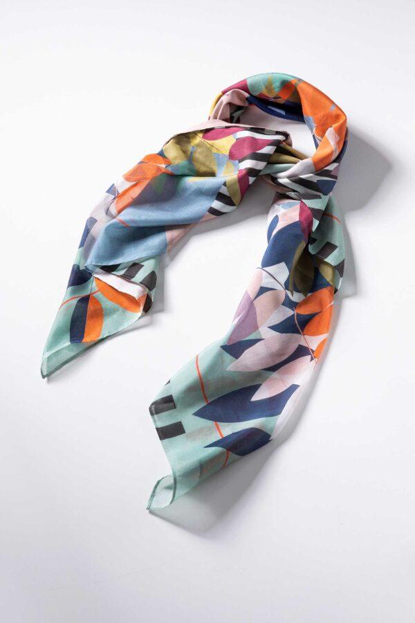 Schal aus Baumwolle und Seide
