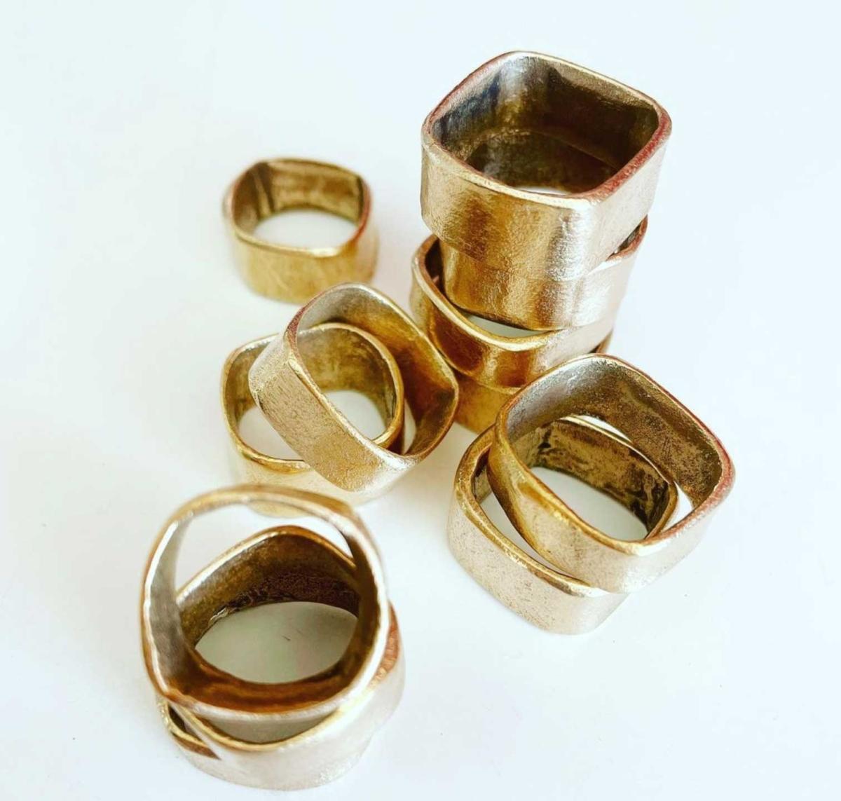 Square Ring Lili T